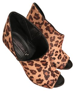 BCBGMAXAZRIA Pump Leopard Fall Bcbg Calf Hair - Tan Brown Black Boots