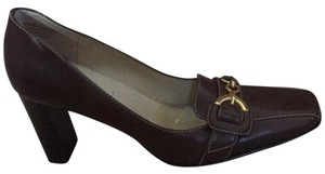 Anne Klein Brown Pumps