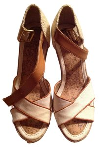 Ann Taylor LOFT Cream Wedges