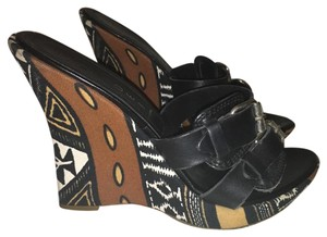 Casadei Wedge Comfortable Multi-color Tribal Print Wedges