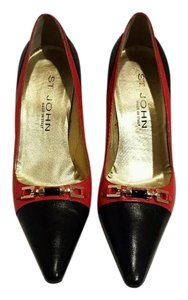 St. John Black/red Pumps