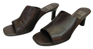 Mootsies Tootsies Leather Size 8.50 M Very Good Condition Brown Mules