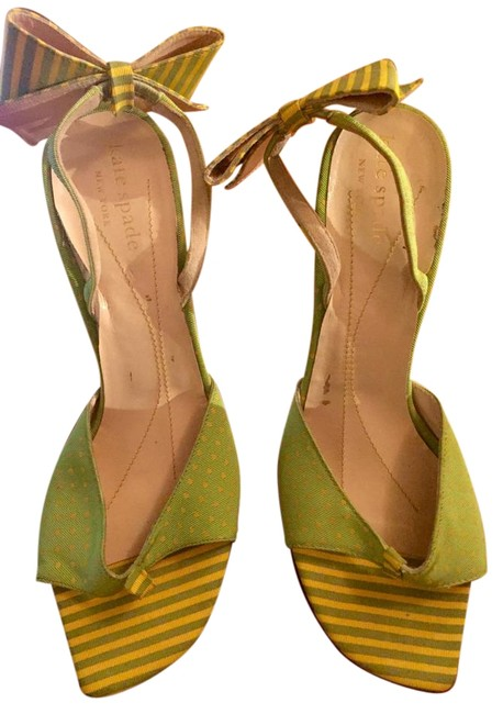 Item - Green and Yellow Pumps Size US 7 Regular (M, B)