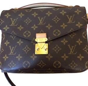 Louis Vuitton Brand new pochette metis monogram cross body bag Cross Body Bag