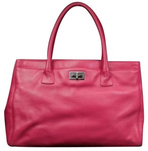 Chanel Cc Gst Serf Executive Fuchsia Tote in Pink
