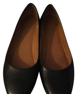 Givenchy Black with gold trim Flats