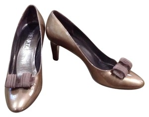 Prevata Bronze Pumps