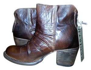 Bed|Stü Leather New Rare Best Quality Brown Boots