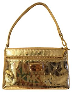 Michael Kors Satchel Jet Set Tiem Wristlet in Metallic Pale Gold