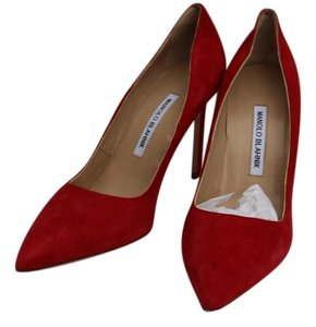 Manolo Blahnik Classic Pump Red suede Pumps