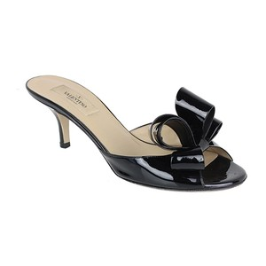 Valentino Bow Patent Leather black Pumps
