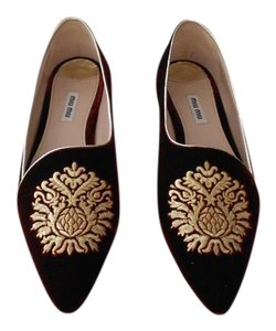 Miu Miu Embroidered Crystal Studded Heel Chic Design Made In Italy Burdeos Flats