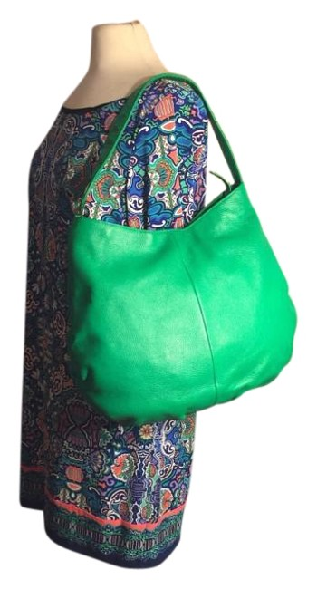Item - Shoulder XL Pebbled with Sleeper Serial No. Bbw00082053 Lime Green/Silver Leather Hobo Bag