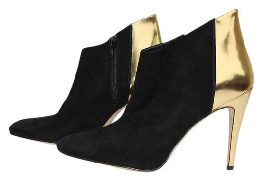 Preload https://img-static.tradesy.com/item/19808411/manolo-blahnik-black-suede-bootsbooties-size-us-9-narrow-aa-n-0-2-540-540.jpg