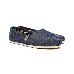 TOMS Blue Classic Slip-on Chambray Flats