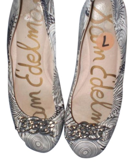 Preload https://item3.tradesy.com/images/sam-edelman-multicolor-ballet-with-silver-chain-flats-size-us-7-19808962-0-1.jpg?width=440&height=440