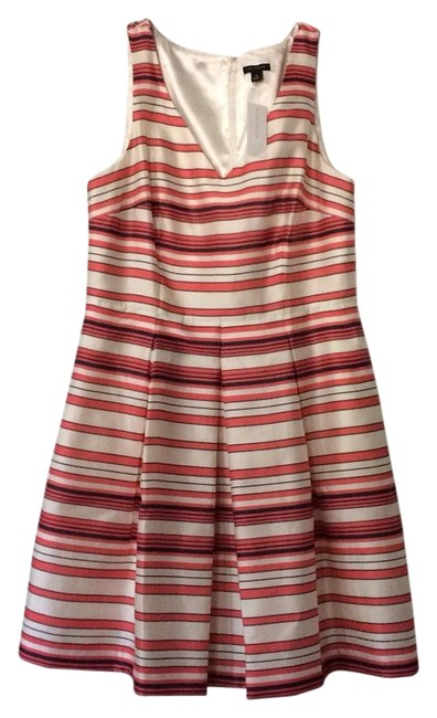 Preload https://item2.tradesy.com/images/ann-taylor-multicolor-369612-above-knee-short-casual-dress-size-8-m-19809016-0-3.jpg?width=400&height=650