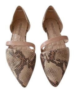 Pierre Darre' Reptile Embossed Chic Design Neutral Color Made In Spain Pink Flats