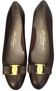 Salvatore Ferragamo Vintage Leather Burgundy Pumps