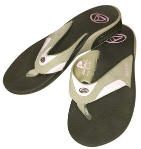 Reef Brown/pink Sandals