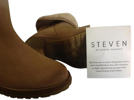 Preload https://item4.tradesy.com/images/steve-madden-taupe-havek-bootsbooties-size-us-85-19809738-0-1.jpg?width=440&height=440