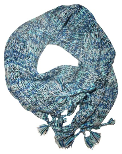Unknown Blue, Teal & White Heather Knitted Cozy Ribbed Scarf