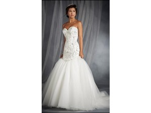 Alfred Angelo 249 Wedding Dress