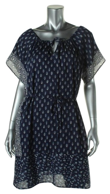 Preload https://item3.tradesy.com/images/lucky-brand-above-knee-short-casual-dress-size-petite-8-m-19810482-0-1.jpg?width=400&height=650