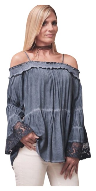 Preload https://item3.tradesy.com/images/indigo-blue-last-one-new-washed-off-shoulder-lace-tunic-size-4-s-19810572-0-1.jpg?width=400&height=650