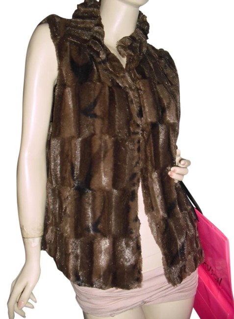 Preload https://item4.tradesy.com/images/betsey-johnson-brown-faux-chinchila-fur-vest-size-10-m-19810608-0-1.jpg?width=400&height=650