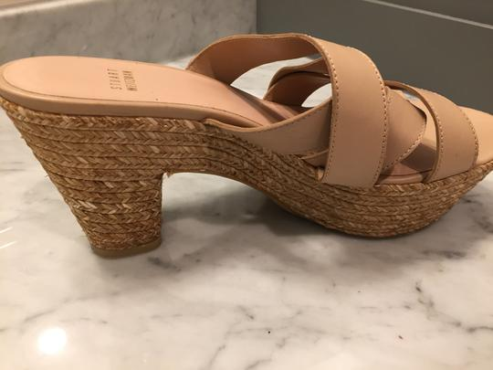Stuart Weitzman Leather Raffia Comfortable Timeless Tan Sandals
