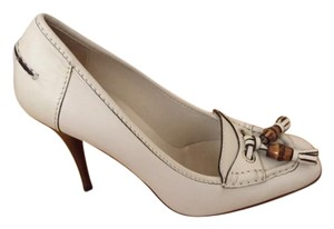 Gucci Bamboo Tassel Loafer beige Pumps