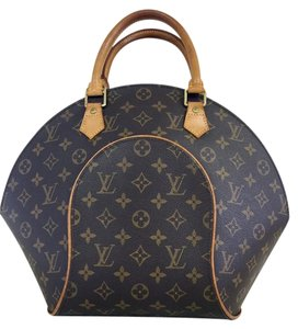 Louis Vuitton Canvas Lv Tote in Monogram