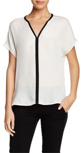 Vince Color-blocking Silk Top OFF WHITE-BLACK