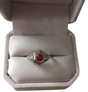 Vintage Engagement Ring 14kt Vintage Ruby Engagement Ring