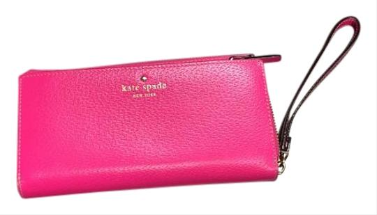 Preload https://img-static.tradesy.com/item/19812855/kate-spade-hot-pink-zipper-with-wrist-strap-wallet-0-1-540-540.jpg