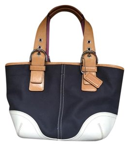 Coach Tote in Beige/navy/pink