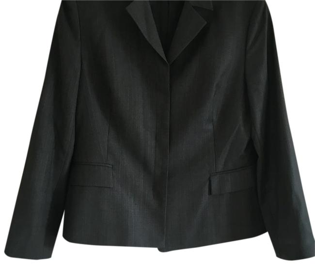 Preload https://item1.tradesy.com/images/charcoal-pant-suit-size-10-m-19813645-0-1.jpg?width=400&height=650