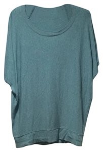 Bordeaux Top Blue-gray-greenish :)