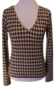 Moda International Casual Pullover V-neck Stretchy Houndstooth Top Brown and Beige
