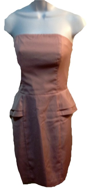 Preload https://item5.tradesy.com/images/h-and-m-pink-strapless-mid-length-cocktail-dress-size-8-m-19814104-0-1.jpg?width=400&height=650