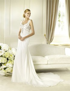 Pronovias Deusto Wedding Dress