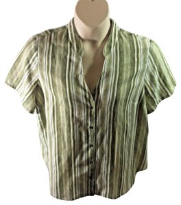 Liz Claiborne Casual Striped Plus Size Machine Washable Button Down Shirt Green and White