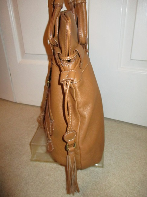 a.n.a. a new approach Shoulder Tan Leather with Vinyl Trim Hobo Bag a.n.a. a new approach Shoulder Tan Leather with Vinyl Trim Hobo Bag Image 9