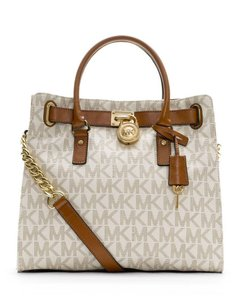 Michael Kors Leather Tote in Vanilla/gold