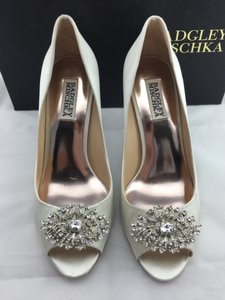 Badgley Mischka Badgley Mischka Accent Peep Toe Crystal Detail Pump Wedding Shoes
