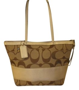 Coach Tote in Brown, beige and cream