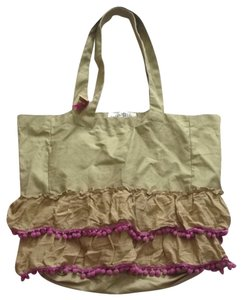 Natural Life Tote in Olive Green