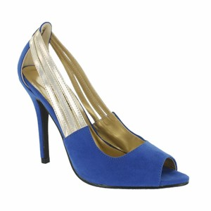 Red Circle Footwear Blue Pumps