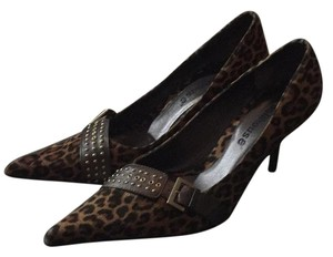 Dollhouse Brown / Black Pumps